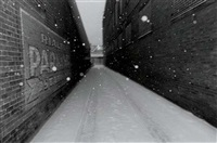 untitled - alleyway by mark cohen