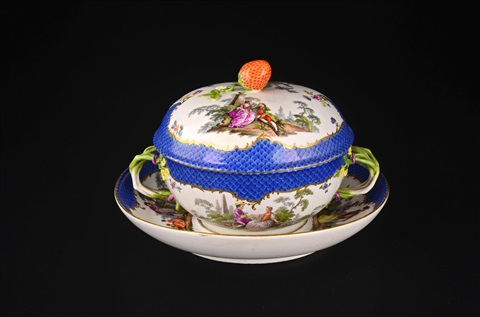 lidded bowl with a saucer