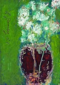 cam vazoda beyaz çiçekler by leyla gamsiz