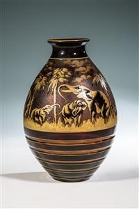 vase mit elefanten by rudolf wels