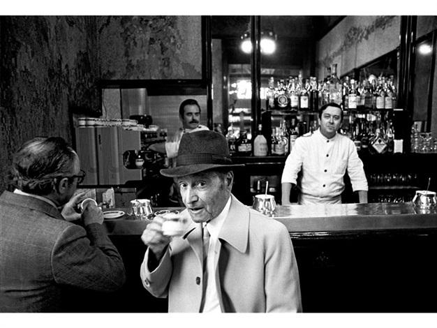 Mann Mit Hut Camparino Bar Mailand By Walter Vogel On Artnet