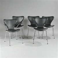seven chair (model 3107 and 3207) (set of 5) by arne jacobsen