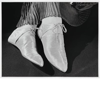 silver slippers, 1934 by ilse bing
