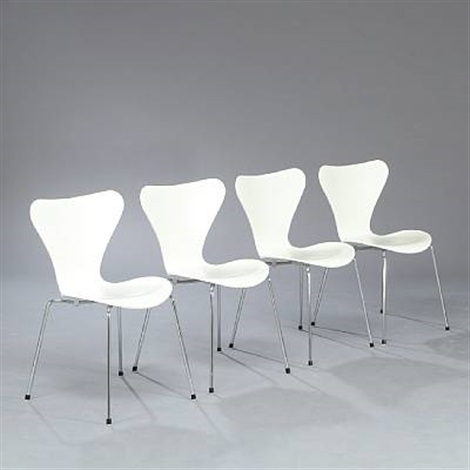 seven chair side chairs model 3107 by arne jacobsen