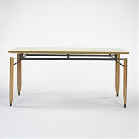 dining table by roberto aloi