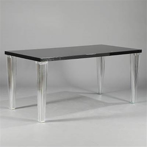 Toptop dining table by eugeni quitllet and philippe starck for Philippe starck dining tables