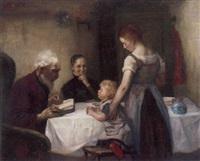 großvater liest vor, während enkel, mutter und großmutter um den tisch versammelt sind by otto heichert