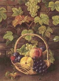 opstilling med vinlov og frugter i en kurv by alfrida baadsgaard