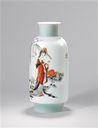 墨彩 (gilt decorated color ink vase with beauty played with parrot painting) by xia zhongyong