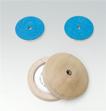 blaue augen 2 works by thomas schütte