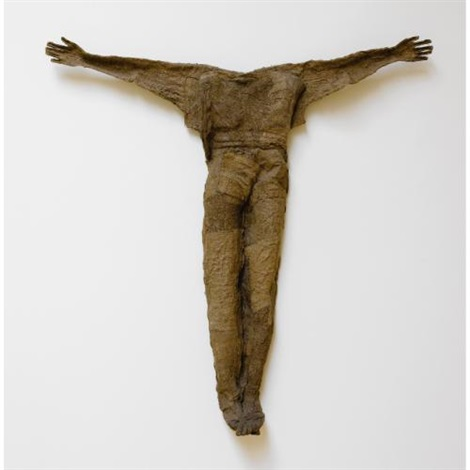 figure with open arms by magdalena abakanowicz