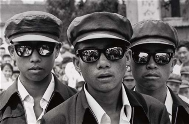 three youths in siamo by liu heung shing
