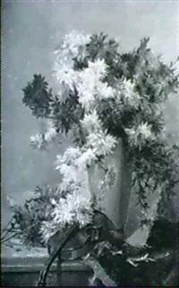 stilleben mit chrysanthemenstrauss in einer vase, davor einegeige by emma fanty-lescure