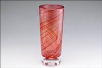 rubiini-vaasi (a ruby vase) by kari alakoski