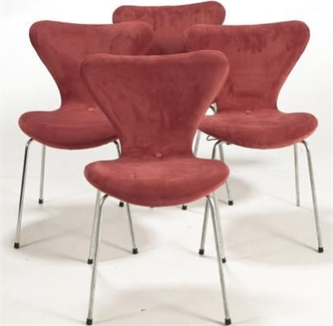 chairs 3107 set of 4 by arne jacobsen