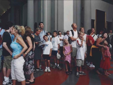 audience 2 florence by thomas struth