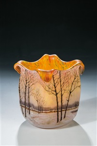 vierkantvase mit winterlandschaft by legras (co.)