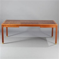 desk by gorm lindum