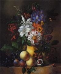 stilleben mit spätsommerlichem blumenbouquet und früchten by anna maria van veeren