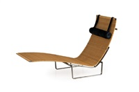 chaise longue by poul kjaerholm