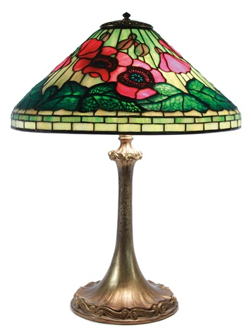 red poppies table lamp by louis comfort tiffany