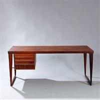 freestanding desk by kai kristiansen