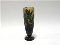 vase cornet sur piédouche by cristallerie d'emile gallé