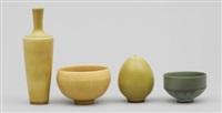 skålar, två stycken samt vaser två stycken (4 works) by berndt friberg