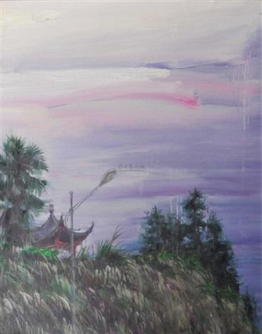 泛起鱼肚白天空下的杂草坡上被树木映衬着的半个亭子 by xiao feng