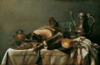 banketje mit verschiedenen gefässen, einem zerbrochenen glas und fleischstücken by maerten boelema de stomme