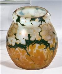 vase mit blütenfries by ferdinand von poschinger