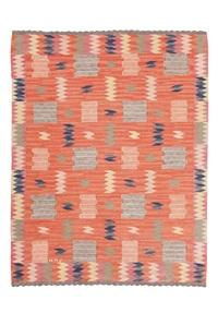 röd med tveskott (this pattern was named later) by marta maas-fjetterstrom