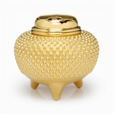 pure gold tripod censer