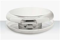 yo-yo, a low table by mattia bonetti