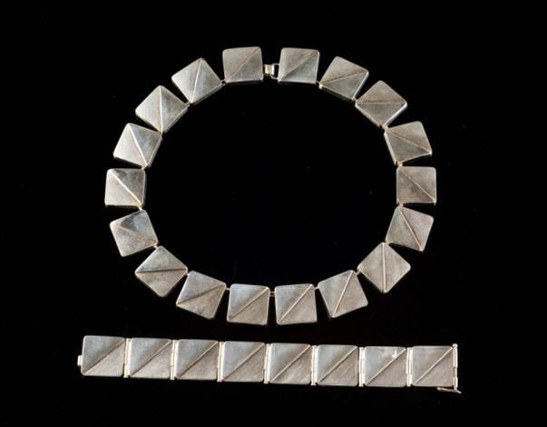 kaulakoru ja rannekoru (necklace and bracelet) by kaija aarikka