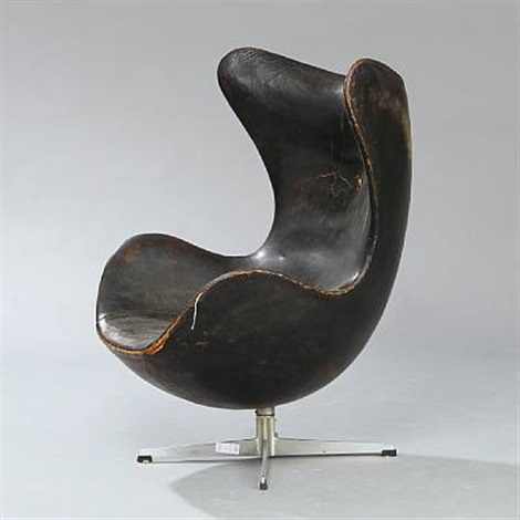 the egg chair model 3315 by arne jacobsen