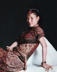 首饰之三 (jewelry no.3) by luo wenyong
