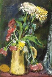 vase of chrysanthemums by chang wan-chuan