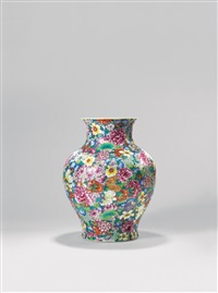 粉彩「万花不落地」瓶  (famille-rose flowers vase) by yu xin, jiang zhirong and jiang tao