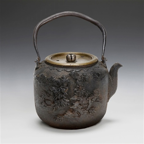 seijudobrlandscape carved iron pot with bale handle
