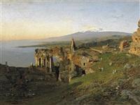 taormina. blick über die ruinenstadt im morgenlicht. im hintergrund der schneebedeckte ätna by otto geleng