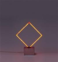 carré néon rouge avec verre pilé by françois morellet