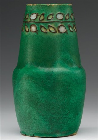 tapered vase by arequipa pottery