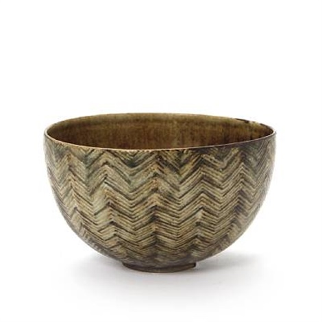 bowl modelled with rifled pattern by axel johann salto