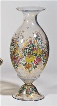 vase by alexander pfohl