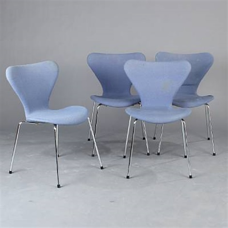 seven chair set of 4 by arne jacobsen