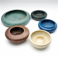 low bowls (5 works) by arequipa pottery