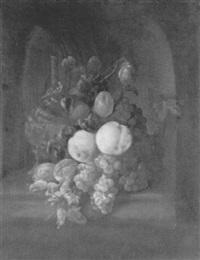 natura morta con frutta ed un fiasco in una nicchia by theodor van aenvack