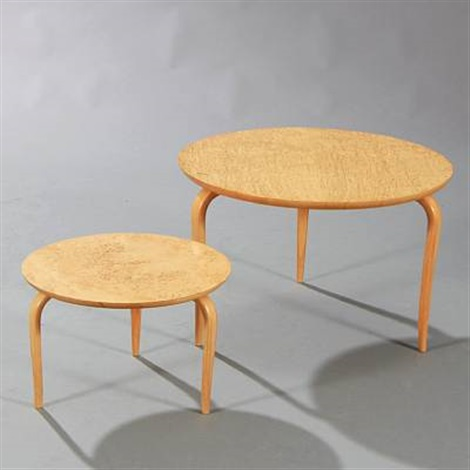Three Legged Coffee Table.Two Circular Three Legged Coffee Tables With Tapering Pair By Bruno