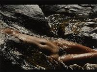 nu dans l'eau by lucien clergue